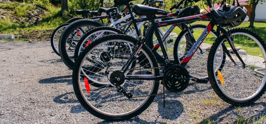Cycling in the Kawarthas; bicycles available to borrow at Viamede Resort