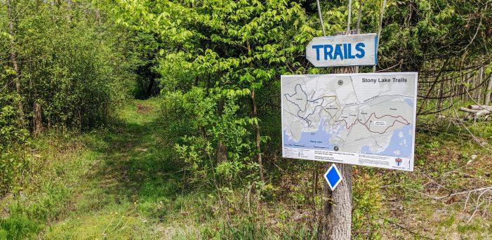 Hiking trails in the Kawarthas; hike Ontario